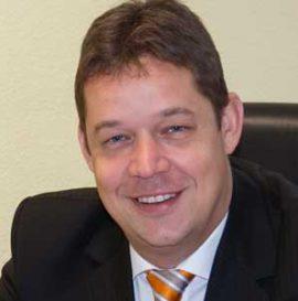 Herr Arends im team des Aktienclub NDAC