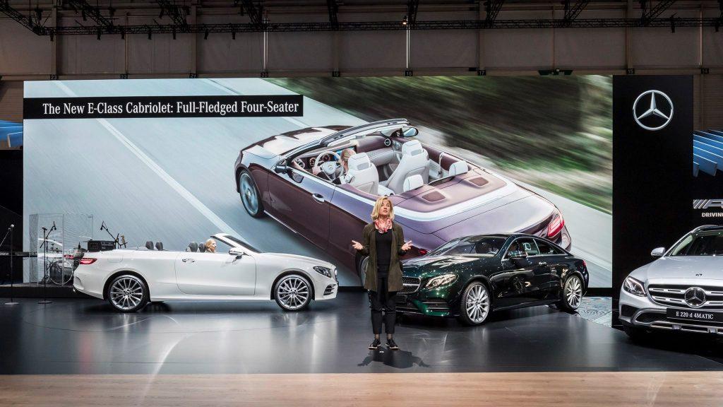 Bild Mercedes Präsentation